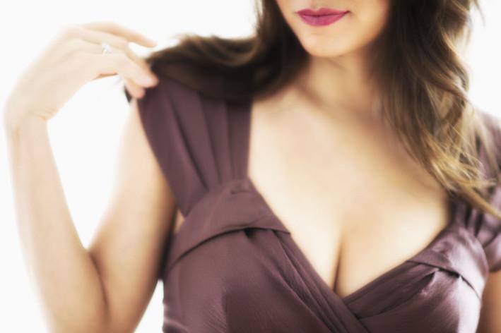 Уплотнения в груди: виды, причины, методы диагностикии лечения