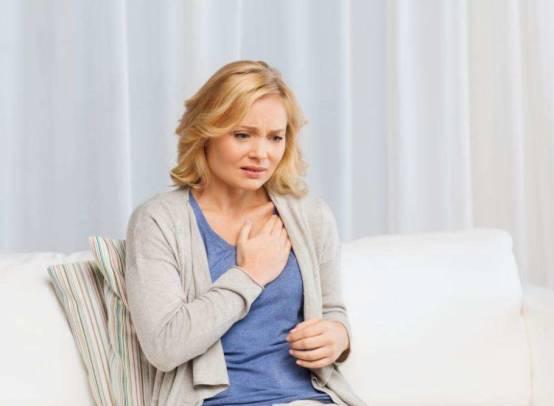 Самые распространенные причины появления боли в груди