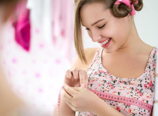 У современных девочек половое созревание начинается примерно на год раньше, чем в 1970-е годы