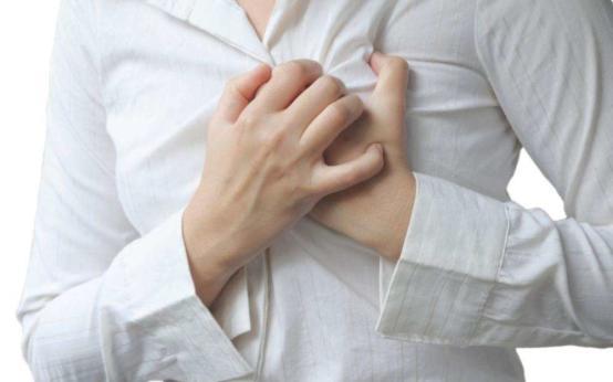 Покалывание в молочной железе: что это может быть?