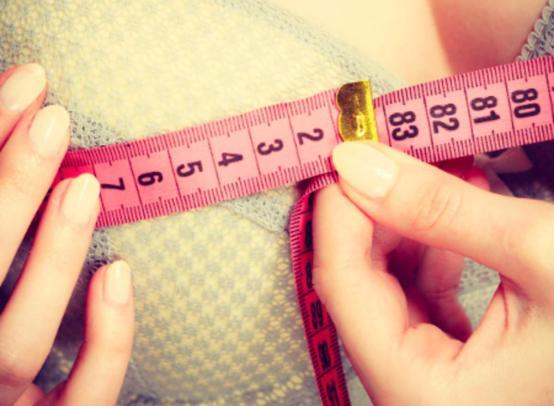 Как выглядит 8 размер груди: преимущества и недостатки большого размера бюста