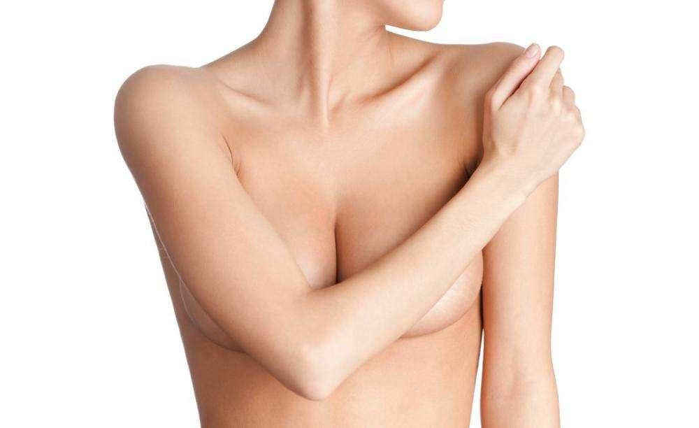 Опрелости под грудью (молочными железами)