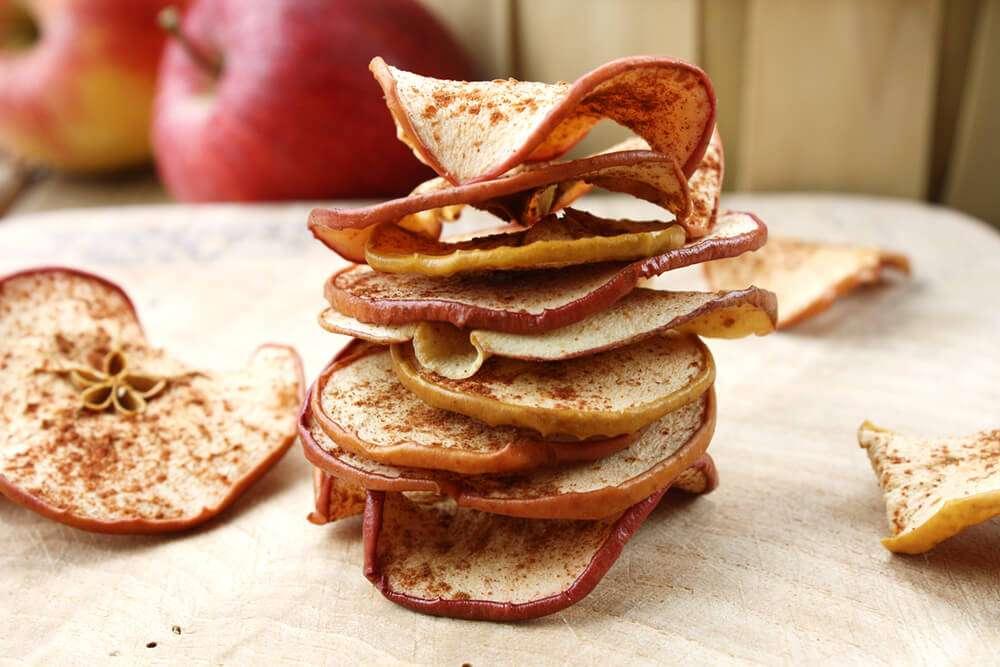 Сушеные яблоки при грудном вскармливании