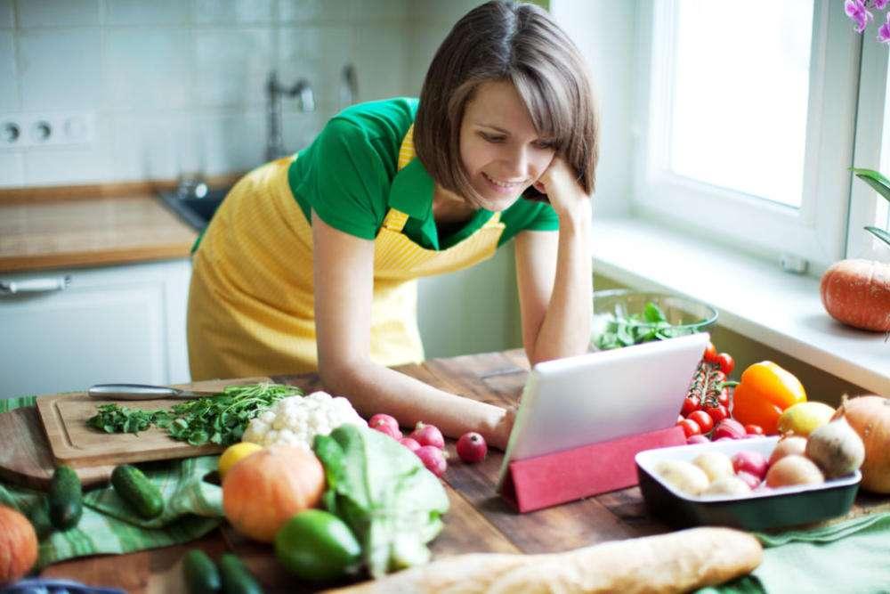11 продуктов, которых следует избегать при грудном вскармливании