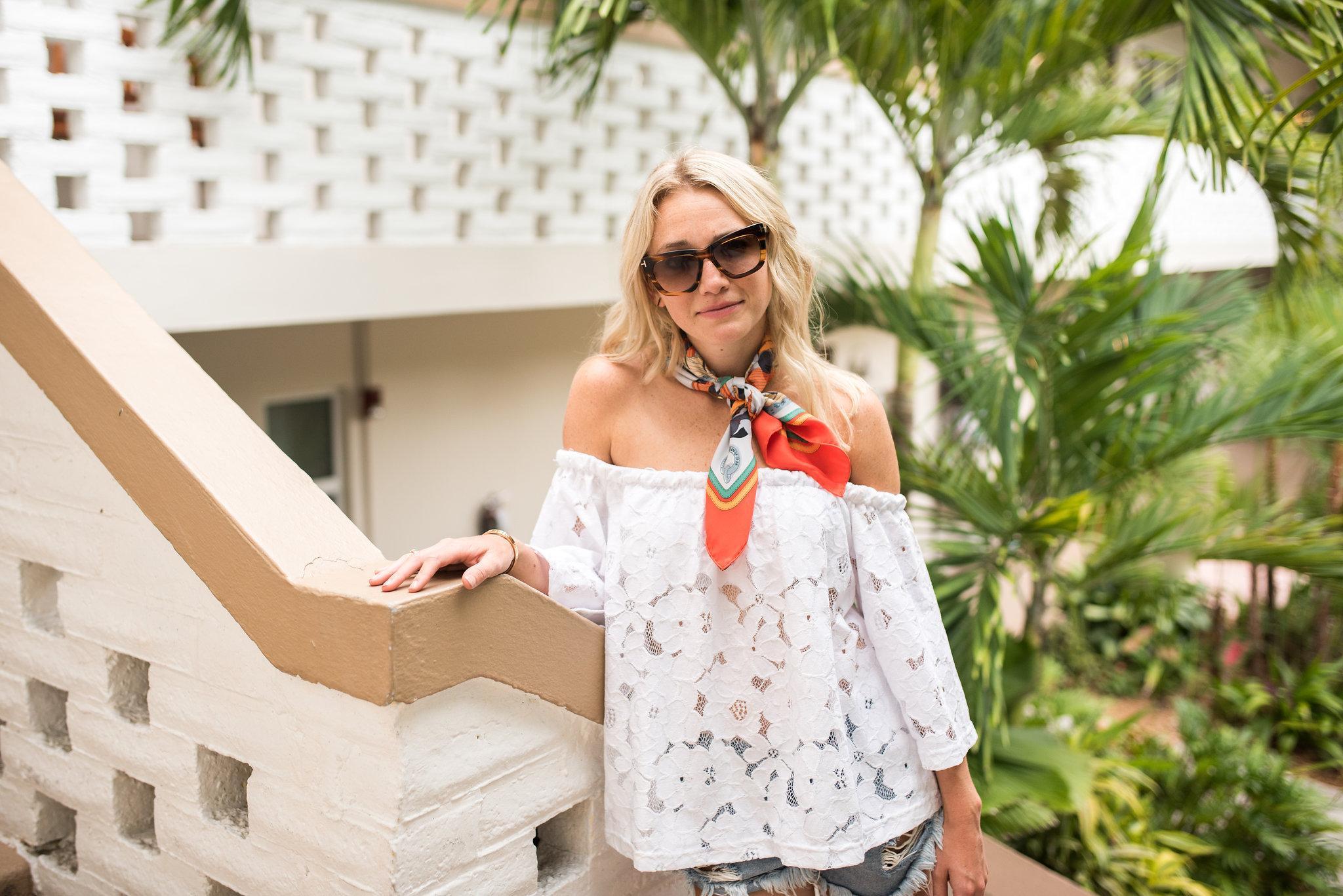 Как носить летний шарф: 22 идеи
