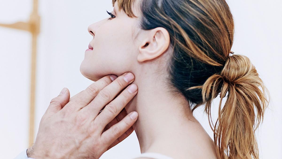 Лимфоузлы в молочных железах: анатомия, симптомы патологий и их лечение